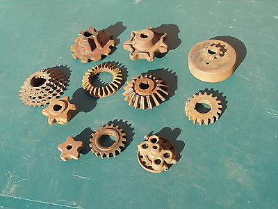 Lot Of 11 *** Vintage Iron Gears *** Steampunk *** Small Sizes