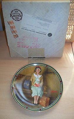 "Collector's plate ""A Young Girl's Dream"" Norman Rockwell Edwin Knowles  Box/Cert"