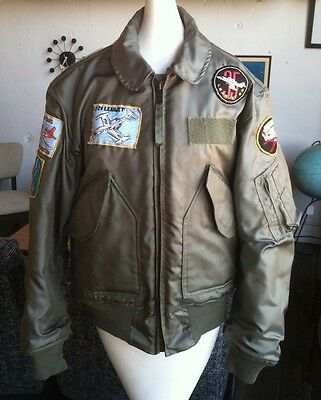 USAF Flyers jacket CWU-45/P w embroidered aircraft patches