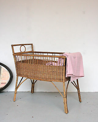 Vintage Wicker Baby Crib Cot Bed