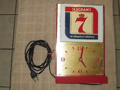 Vintage Seagram's Crown 7 Whiskey Clock and Light RARE