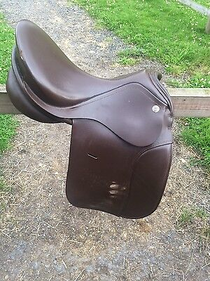 "17.5"" wide KN Symponie dressage saddle Brown Leather"