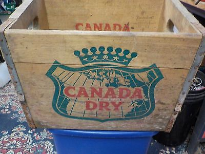 Vintage 1958 Canada Dry Ginger Ale Metal Edged Wood Soda Bottle Box Crate