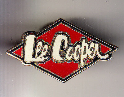 Rare Pins Pin's .. Mode Fashion Jeans Lee Cooper Trade Mark Logo Email ~Cf
