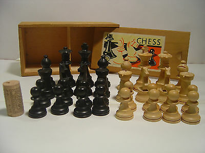 Box of medium/large, Staunton, French made, wooden chess pieces. 8cm King.