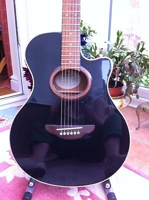 Yamaha Electro Acoustic APX-4A Guitar.