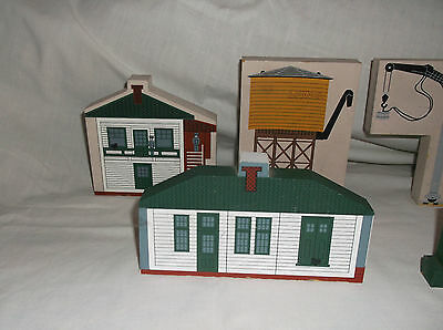Lionel O-Scale Or Ho Gauge Wooden Building Lot, Made by Cat's Meow