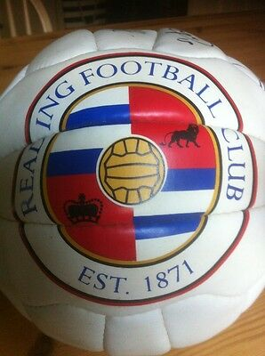 READING FC SIGNED AUTOGRAPHED FOOTBALL BALL 2006/07 - Genuine - ROYALS