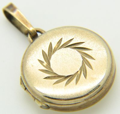 9Carat 9ct Yellow Gold Frosted Pattern Oval Shaped Locket Charm or Pendant