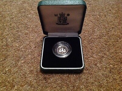 1990 UK Silver Piedfort Five Pence Coin with COA