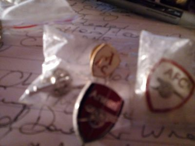four arsenal enamel football pin badge two wrapped no defects