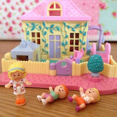 100% Complete Vintage 1994 Polly Pocket Nursery with ULTRA RARE Playhouse Roof