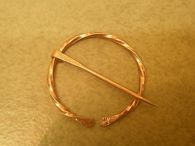 roman copper penannular brooch 28mm dia twisted arms  generic style
