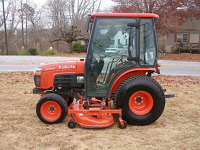 Very Nice Kubota B 3000 4X4  Cab Tractor Only 296 Hours