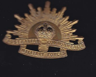 WW2 issue Rising Sun badge in unused condition