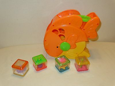 Fisher Price Peek A Blocks Musical GOLD FISH PLAYSET with 4 blocks