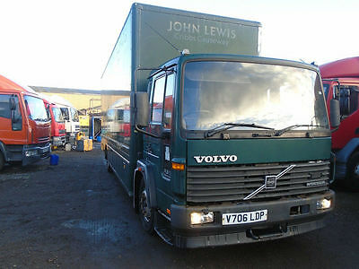 Volvo FL 6 -12 1999 25FT BOX BODY FITTED