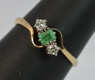 Art Deco Emerald and Diamond 18ct Gold and Platinum Twist Trilogy Ring t0745