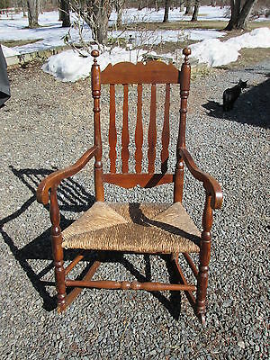 Antique American 18Th C Bannister Back Rocking Chair Colonial Rush Seat Maple