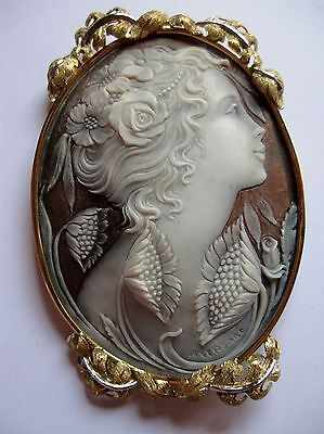 Vintage Very Large Hand Carved Shell Cameo 18K Gold Ornate Frame Italy