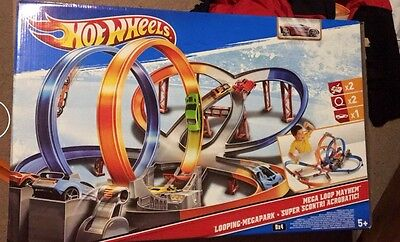 Hot wheels Track, Selection Of Cars, Car Storage Box, Used, Great For Christmas