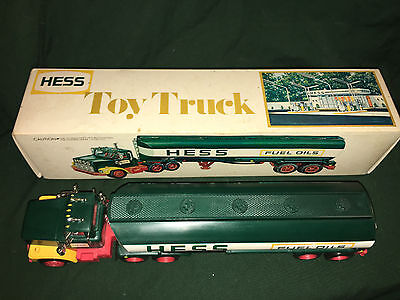 1977-1978 Hess Tanker Truck, RARE BLACK SWITCH! ,Lights work,vintage,collectible