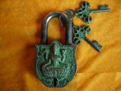 Rare tibet Chinese old style Brass Carved BIG fengshui beast buddha lock 2 keys