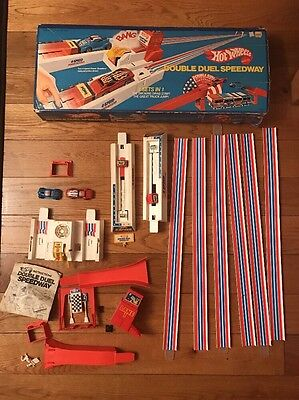 Vtg 1970s Hot Wheels Double Duel Speedway No. 9274 Set WITH CARS