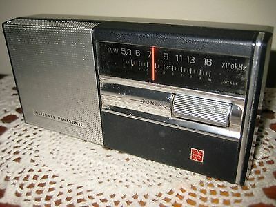 National Panasonic 7 Transistor Radio Model R-138 VG Condition - Japanese