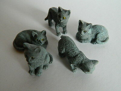 (G2.21) Dolls House Resin Set Of Five Assorted Grey Cats