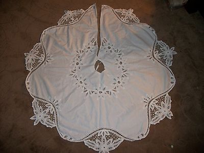Imperial Elegance White Battenburg Lace Christmas Tree Skirt Cotton