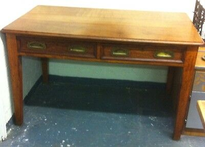 Beautiful Vintage Antique Late Victorian Oak Desk / Hall / Library/ Dining Table