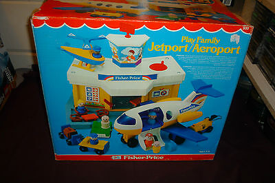 Vintage 1981 Fisher Price Little People #933 Play Family Jetport COMPLETE W/BOX