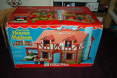 Vintage Fisher Price Little People #952 Play Family Tudor House COMPLETE W/BOX