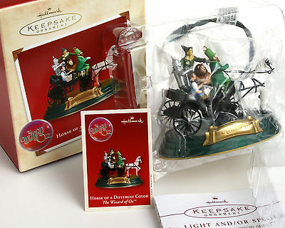 Hallmark Horse of a Different Color MAGIC Light Voice The Wizard of Oz Ornament