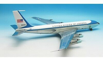 VC-137 US Air Force One 26000 Ref: AF1VC-137CP (polished, with stand) in 1/200