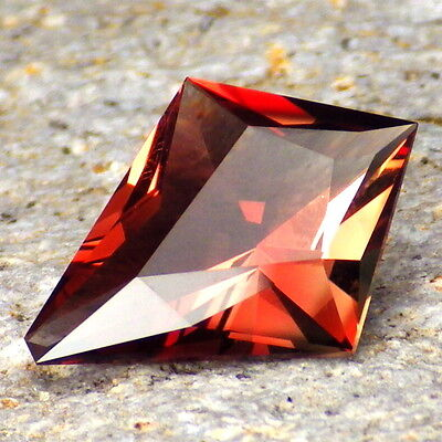 "RED-ORANGE-GREEN ""MYSTIQUE"" OREGON SUNSTONE 3.89Ct FLAWLESS-TOP INVESTMENT-RARE!"