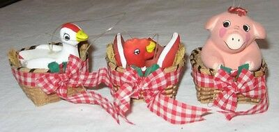 3 Ceramic Pig Chicken In Baskets Christmas Ornaments