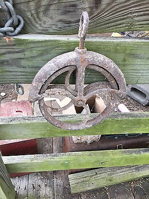 Antique Cast Iron Rope Gaurd Well Wheel Pulley with Hanging Hook Local p/u Only