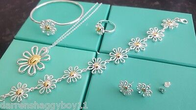 Ladies Silver 5 pce Daisy Set - Necklace, Bracelet, Bangle, Earrings Ring in Box