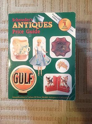 1996 ~ Schroeder's ANTIQUES Price Guide 14th Edition Great Info!!
