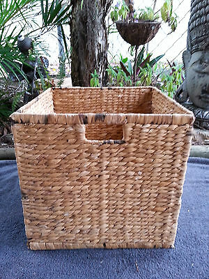 Seagrass Storage Cube with Handles (No. 2)
