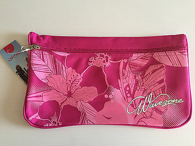 BNWT Girls Wavezone Brand Medium Hot Pink Polyester Pencil Case 18cm x 32cm