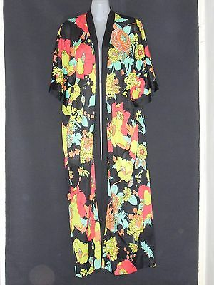 1970's Vintage Brightly Coloured Floral Dressing Gown.