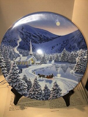 W.S George Collectors Plate Silent Night By Jean Sias 1990 (22)