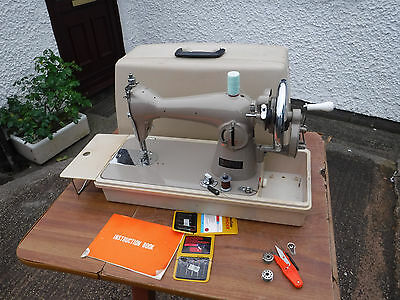Tidy  Vintage  Style  Janome 131 Manual Sewing  Machine