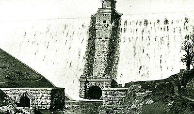 RADNORSHIRE - Pre 1918 Postcard of Pen Y Garreg Dam, Elan Valley (close up)