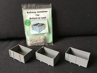 O Gauge 7mm scale railway containers and crates