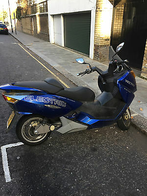 2008 Other Makes Vectrix   The original Vectrix electric motorcycle, 10,000 miles, needs proper service