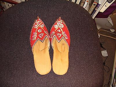 size small moroccan style slippers,red and silver sequined